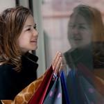 Darf Mollige sich für Mode interessieren? (Copyright: Kirill Polovnoy, Fotolia.com)