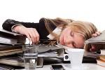 Stress und Arbeit bringt mollige Figur in Form? (Copyright: Picture-Factory - Fotolia.com)