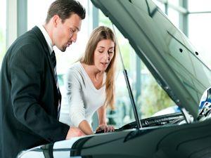 Augen auf beim Autokauf!  ODER die Frage, ob Liebe heute nur eine Befriedigung von Neigungen ist (Copyright: © Kzenon - Fotolia.com)
