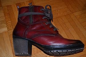 Schuhe, in die man reinschlumpft und ankommt :-) (Copyright: Jana-Schuhe; Foto: Astrid Listner)